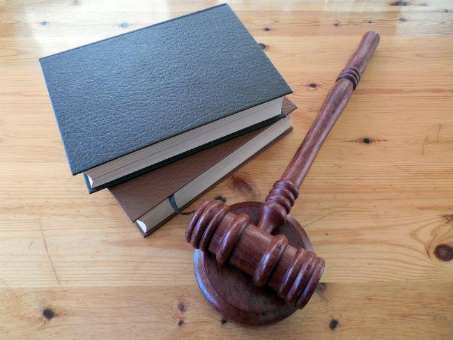 El abogado una figura obligatoria